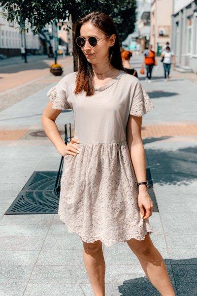 Sukienka beżowa blanca z haftowaniem 2