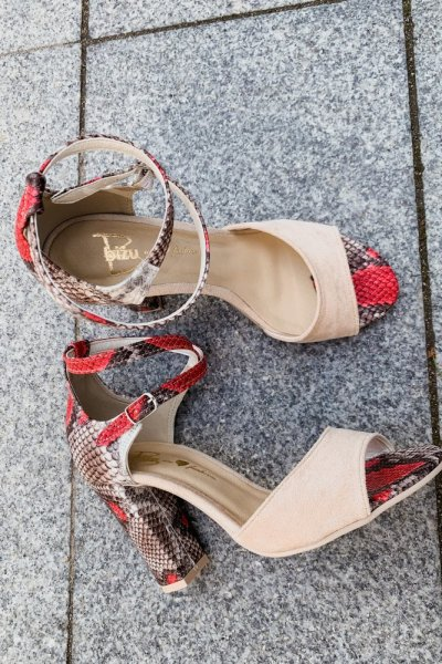 sandały viki beż /wąż czerwony 1